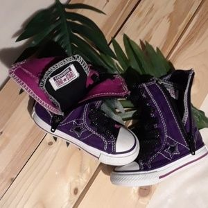 Converse little girl zip up high tops